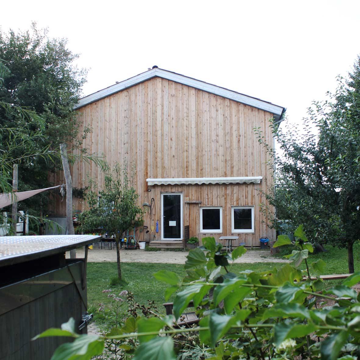 Haus Und Garten: Freie Aktive Schule Und Kindergarten In